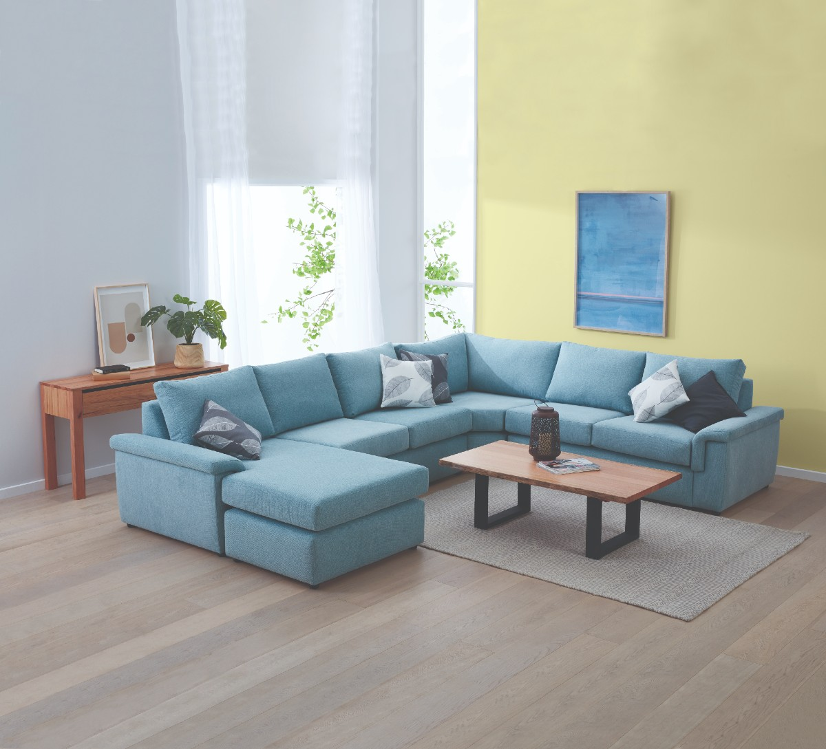Kimberly Corner Suite with Reversible Chaise